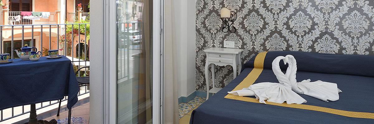 Tariffe e Prezzi di Soggiorno - Hotel/Albergo 3 Stelle Minori ...