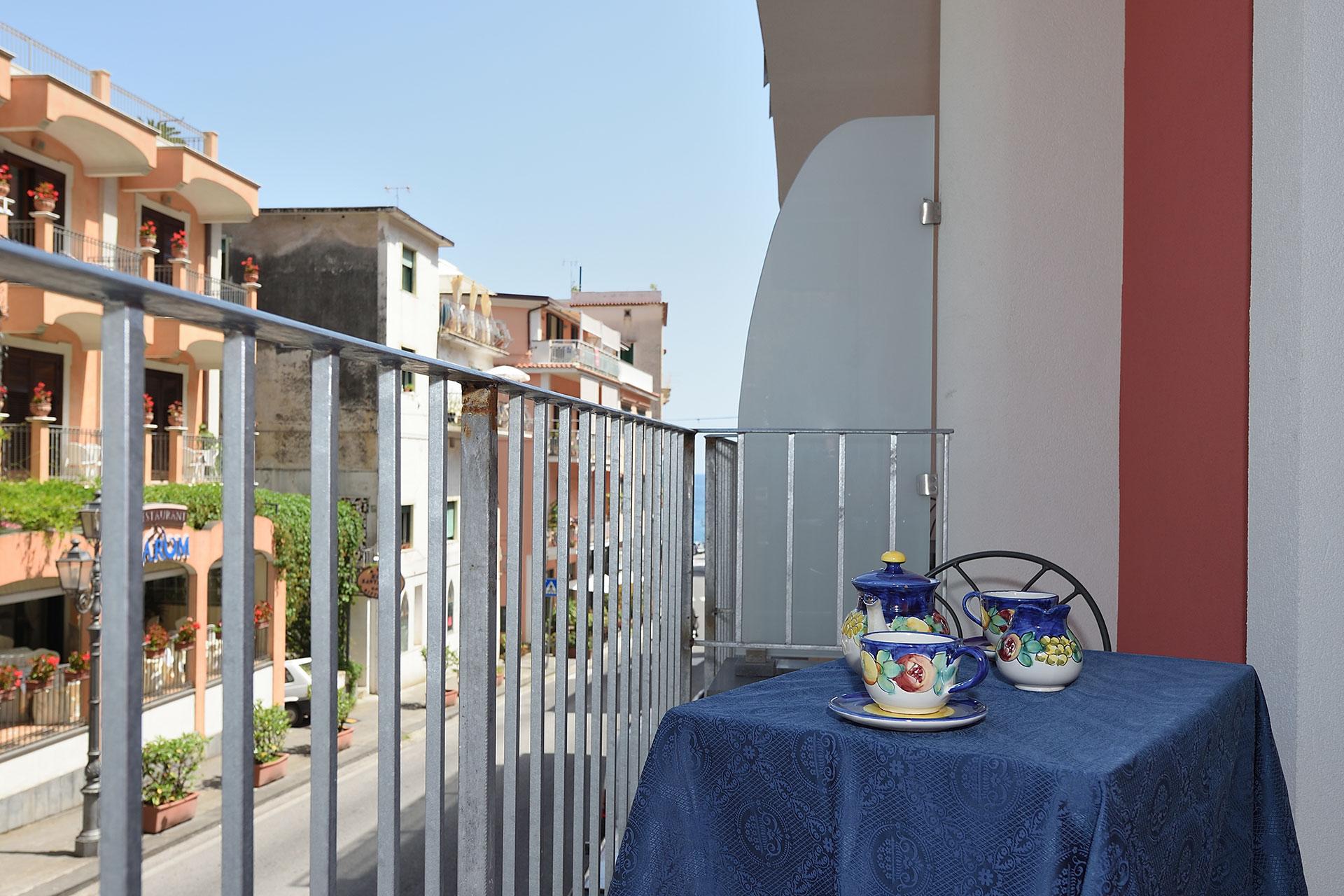 Galleria Foto e Immagini - Hotel/Albergo 3 Stelle Minori ...